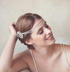 Crystal Bridal Forehead band Headband crystal by GildedShadows Wedding Headpiece Vintage, Vintage Bridal, 1920s Wedding, Vintage Hair, Grecian Goddess, Wedding Hair Pieces, Wedding Stuff, Crystal Headband, Bridal Outfits