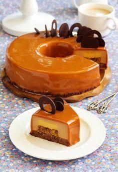 Этот тортик увидела у Лены. Влюбилась сразу прочитав состав! Леночка, спасибо большое, что делишься такой красотой и вкуснотой. В нем…
