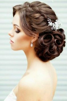 Best wedding hairstyles updo for short hair for women 35 ideas Long Hair Wedding Styles, Wedding Hairstyles For Long Hair, Elegant Hairstyles, Wedding Hair And Makeup, Bride Hairstyles, Hairstyle Ideas, Hair Styles 2016, Medium Hair Styles, Short Hair Styles