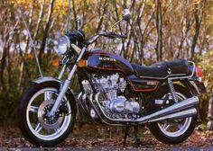 Vintage Honda Motorcycles, Touring Motorcycles, Honda Bikes, Touring Bike, Cycling Art, Cycling Quotes, Cycling Jerseys, Honda 750, Mini Bike