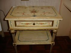 21centurydressmakers: Hand painted furniture