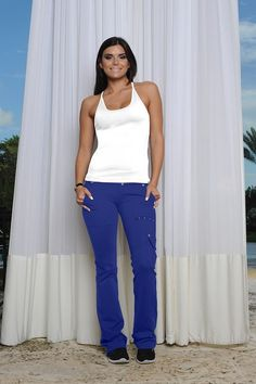 Bluefish Sport Power Cargo Pant. FIT and Flirty is Canada's only retailer. Buy here http://fitandflirty.com/Shop-By-Clothes/Bottoms-Cltohes/Leggings-Pants-Clothes/power-cargo-pant