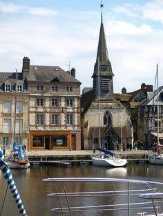 Deauville-Honfleur-Trouville Normandy France, Provence France, Omaha Beach, Places To Travel, Places To Visit, French Bistro Chairs, Leslie Caron, Honfleur, Sainte Marie