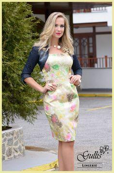 A Gullis agora está trabalhando com moda feminina! Vestido em cotton estampado com forro, bojos e zíper e bolero - Kauly: http://www.gullislingerie.com.br/vestido-cotton-estampado-forro-bojos-ziper-bolero-kauly Espero que goste da novidade!