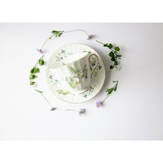 Vintage Wildflowers Floral Tea Cup and Saucer (€22) ❤ liked on Polyvore featuring home, kitchen & dining, drinkware, tea-cup, english bone china, vintage tea cups and saucers, tea cup saucer and bone china tea cups