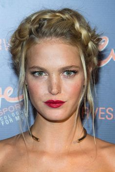 By pulling out a few strands around Erin Heatherton's face, hairstylist Jennifer Yepez kept the look modern, not milkmaid.