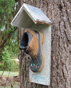 What a cute idea for a bird house and for all those extra shoes my children grow out of :-)