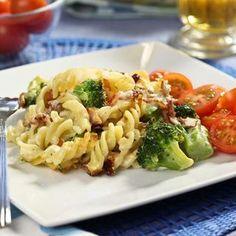 Pastagratäng med broccoli och bacon