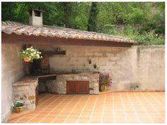 Cuisine d'été Outdoor Kitchen Patio, Outdoor Kitchen Design, Outdoor Living, Outdoor Decor, Diy Garden Fountains, French Exterior, Kitchen Sink Design, Backyard Sheds, Terrace Design