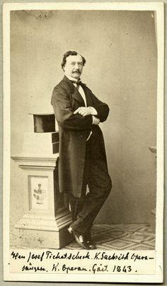 Joseph Tichatchek was een van de eerste heldentenoren zoals ze bedacht zijn door Wagner (Lohengrin, Rienzi, Tannhäuser en Parsifal Was, Abraham Lincoln, Opera, Opera House