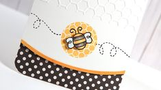 Friday Focus - Curved Edge Bee Card...do with a butterfly