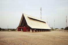 Iglesia de Assinie‐Mafia, Côte d'Ivoire - Koffi & Diabaté Architectes