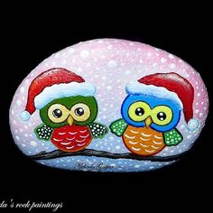 #owls #winter #funny #cute #paintedstones #stonepainting #stoneart…