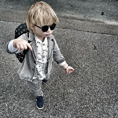 COOL KID OUTFIT FEATURING #D BLACK SUNGLASSES