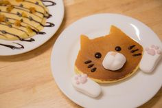 These Cat-Shaped Marshmallows Are Exactly What Your Hot Chocolate Has Been Missing Marshmallows, Chocolate Cat, Cat Cafe, Sweets Cake, Breakfast Time, Cute Food, Japanese Food, Just Desserts, Bakery