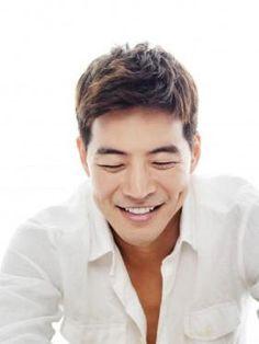 Lee Sang Yoon... dimple... beautiful smile ♥