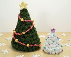 Alberi di Natale fatti ad uncinetto: tridimensionali e decorativi