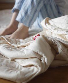 Nico antes de dormir con su edredon de Zizzz. Gracias Maria de EBYM por tu magnifico post. www.zizzz.ch