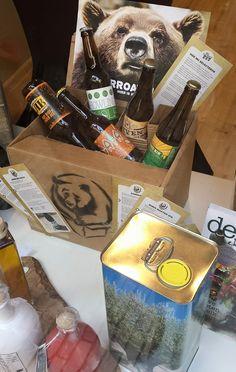 OPGEPAST! De BEER is los bij Of All Places! Vanaf nu exclusief bij ons verkrijgbaar: BEER IN A BOX! Fans