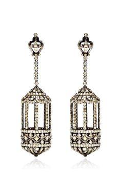 Diamond Birdcage Earrings by Bochic for Pre-order on Moda Operandi hese birdcage earrings by Bochic feature diamond stones set in white gold. I Love Jewelry, Jewelry Box, Vintage Jewelry, Jewelry Accessories, Fine Jewelry, Jewelry Design, Unique Jewelry, Vintage Earrings, Silver Diamonds