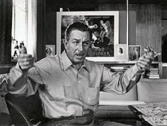 Paperwalker: Rare Photograph: Walt Disney