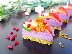 LIVE LOVE EAT RAW | Raw Vegan Maqui Berry & Lime Cheesecake,Yoga, Life. (Scroll down for recipe)
