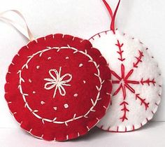 Felt Christmas Baubles Kit