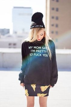 Check out these awesome 17 outfits ideas to pull off sweatshirts, grunge style, and get inspired! Visual Kei, Mode Style, Style Me, Black Style, Alternative Rock, Steam Punk, Look Fashion, Womens Fashion, Grunge Fashion