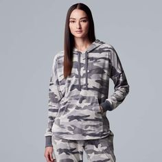 4f65d5bcecc Vera Wang Women s Simply Vera Hooded Plush Pajama Top