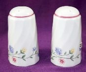 Johnson Brothers Summer Chintz Salt Pepper Shaker Set