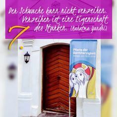 ZItat zum Advent von Mahatma Gandhi, Kirchentüre: Gottesberg Bad Wurzach in Baden-Württemberg