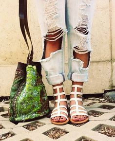 i dont get this trend to have baggy folded up jeans i dont really like it but the shoes are cool
