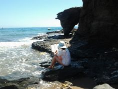 ¡Qué relax! leyendo frente al mar