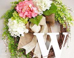 Spring and Summer Wreath. Antique White Hydrangea Monogram Grapevine Wreath w/ Burlap. Wreath Crafts, Diy Wreath, Grapevine Wreath, Diy Crafts, Wreath Ideas, Burlap Wreath, Greenery Wreath, Front Door Decor, Wreaths For Front Door