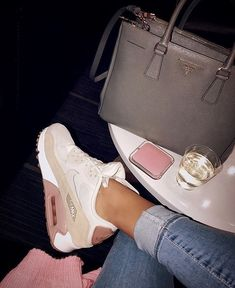 Cute Sneakers, Shoes Sneakers, Shoes Heels, White Nike Shoes, Nike Air Shoes, Crazy Shoes, Me Too Shoes, Sock Shoes, Shoe Boots