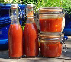 Χωριό μου, χωριουδάκι μου!: Συνταγή για σάλτσα ντομάτας σπιτική - Kρατάμε το καλοκαίρι σε βαζάκια