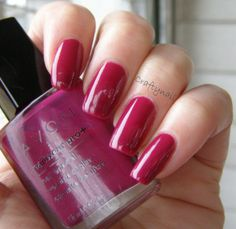 Avon Nail wear pro. Berry smooth