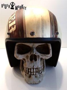 BrushMonkey Airbrush Helmet CafeRacer 1