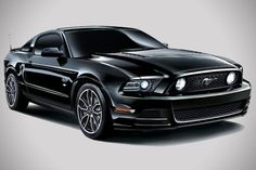 2014 Ford Mustang V8 GT Coupe The Black Edition 2
