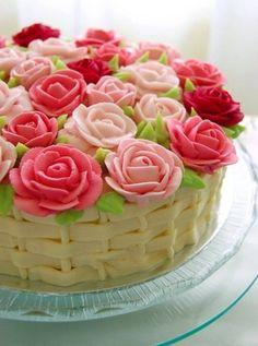 Basket full of flowers cake!