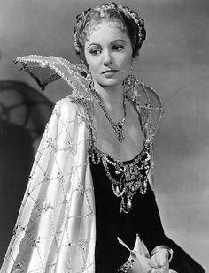 Olivia de Havilland in Anthony Adverse wearing Joseff Hollywood Jewelry Vintage Hollywood, Old Hollywood Stars, Golden Age Of Hollywood, Classic Hollywood, Classic Actresses, Hollywood Actresses, Beautiful Actresses, Actors & Actresses, Hollywood Icons