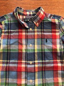 6df1497cc7 375b5424e69 Detalhes sobre Polo Ralph Lauren Meninos Tamanho 5 Verde Manga  Curta Camisa Polo- mostrar  50eae30b7a3 Camiseta Burberry Preta Infantil  Original ...