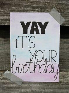 Handlettering inspiratie #6 - Verjaardagskaarten (deel 2), yay it's your birthday Birthday Cards, Bullet Journal, Blog, Gifts, Shop Signs, Bday Cards, Presents, Birthday Greetings, Blogging