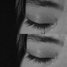 Discover recipes, home ideas, style inspiration and other ideas to try. Crying Eyes, Tears In Eyes, Crying Girl, Sad Eyes, Sad Girl Photography, Emotional Photography, Dark Photography, Sadness Photography, Crying Pictures