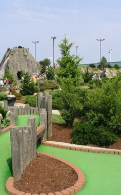 Islands Miniature Golf and Games | Travel | Vacation Ideas | Road Trip | Places to Visit | Savannah | GA | Golf Course | Other Amusement | Mini Golf | Children's Attraction