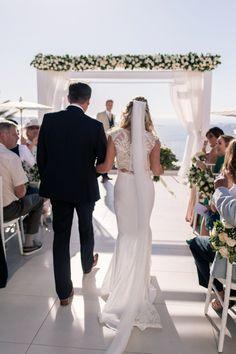 Dreamy destination wedding in Greece