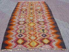 VINTAGE Turkish Kilim Rug Carpet, Handwoven Kilim Rug, Antique Kilim Rug,Decorative Kilim, Natural Wool 60 '' X 119 ''