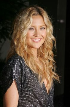 Kate Hudson - Fresh and Beautiful Makeup Cabelo Kate Hudson, Kate Hudson Hair, Hair Day, New Hair, Long Wavy Hair, Great Hair, Hair Trends, Hair Inspiration, Cool Hairstyles