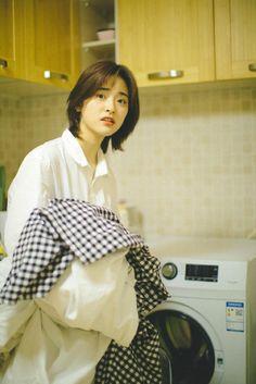 Korean Short Hair, Short Hair With Bangs, Short Hair Cuts For Women, Girl Short Hair, Hairstyles With Bangs, Girl Hairstyles, Short Cuts, Hair Inspo, Hair Inspiration
