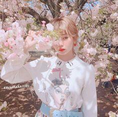 Korean Girl Photo, Cute Korean Girl, Asian Girl, Aesthetic People, Aesthetic Images, Aesthetic Girl, Uzzlang Girl, Pink Girl, Girl Korea